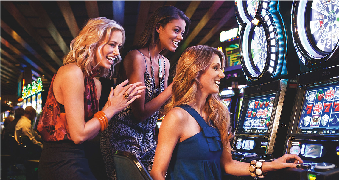 Royal Vegas Casino and Free Slots Spins